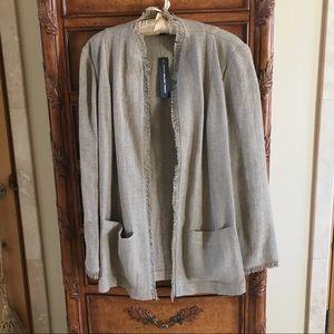 Ellen Tracy women's 100% linen jackt. NWT Gorgeous